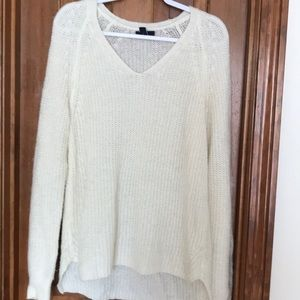 Gap knitted v neck sweater
